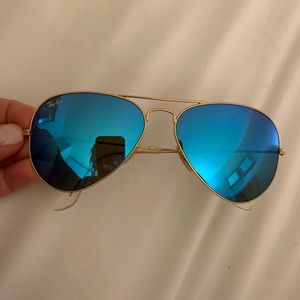Blue aviator ray bans PERFECT CONDITION!!!!